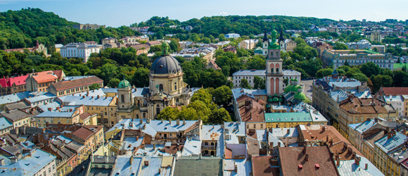Lviv - World cultural heritage at the foot of the Carpathians