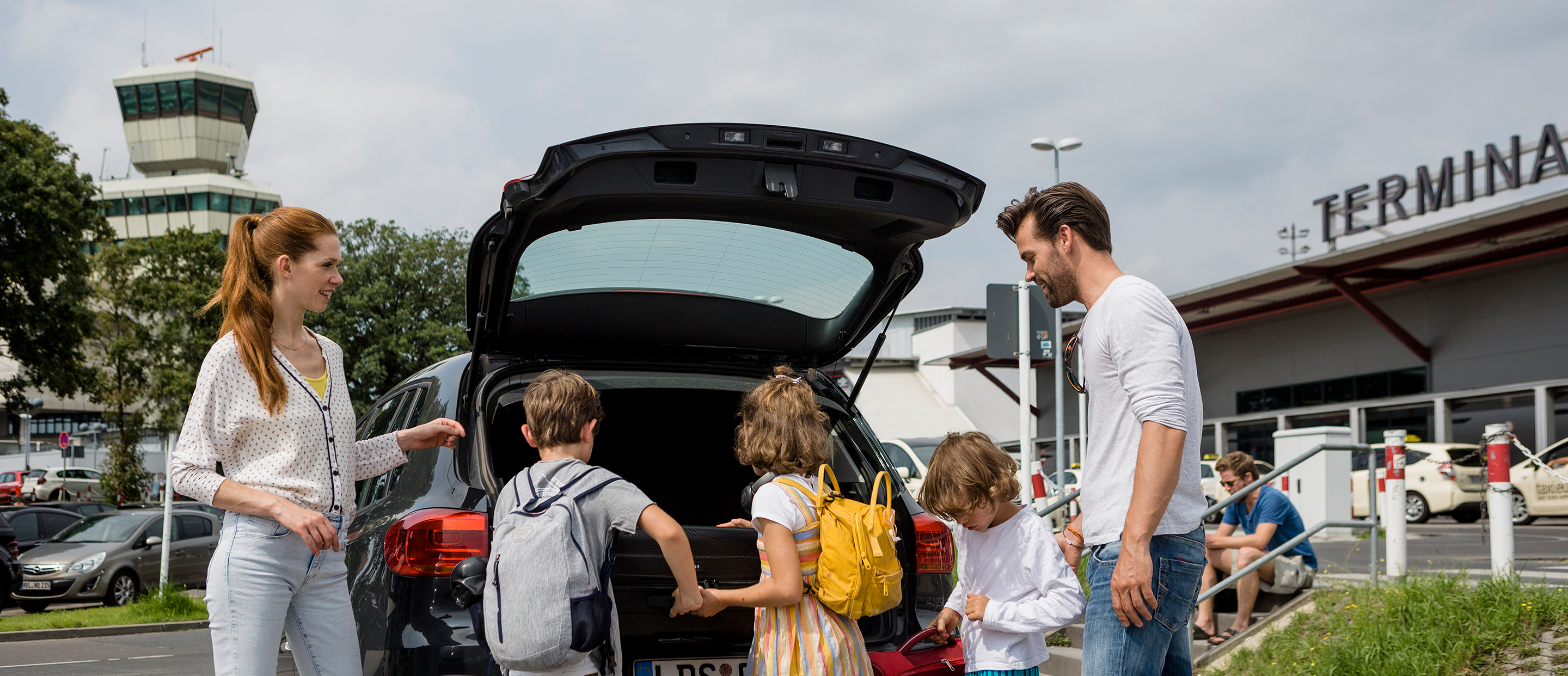 From car to plane: parking at Schönefeld and Tegel airports