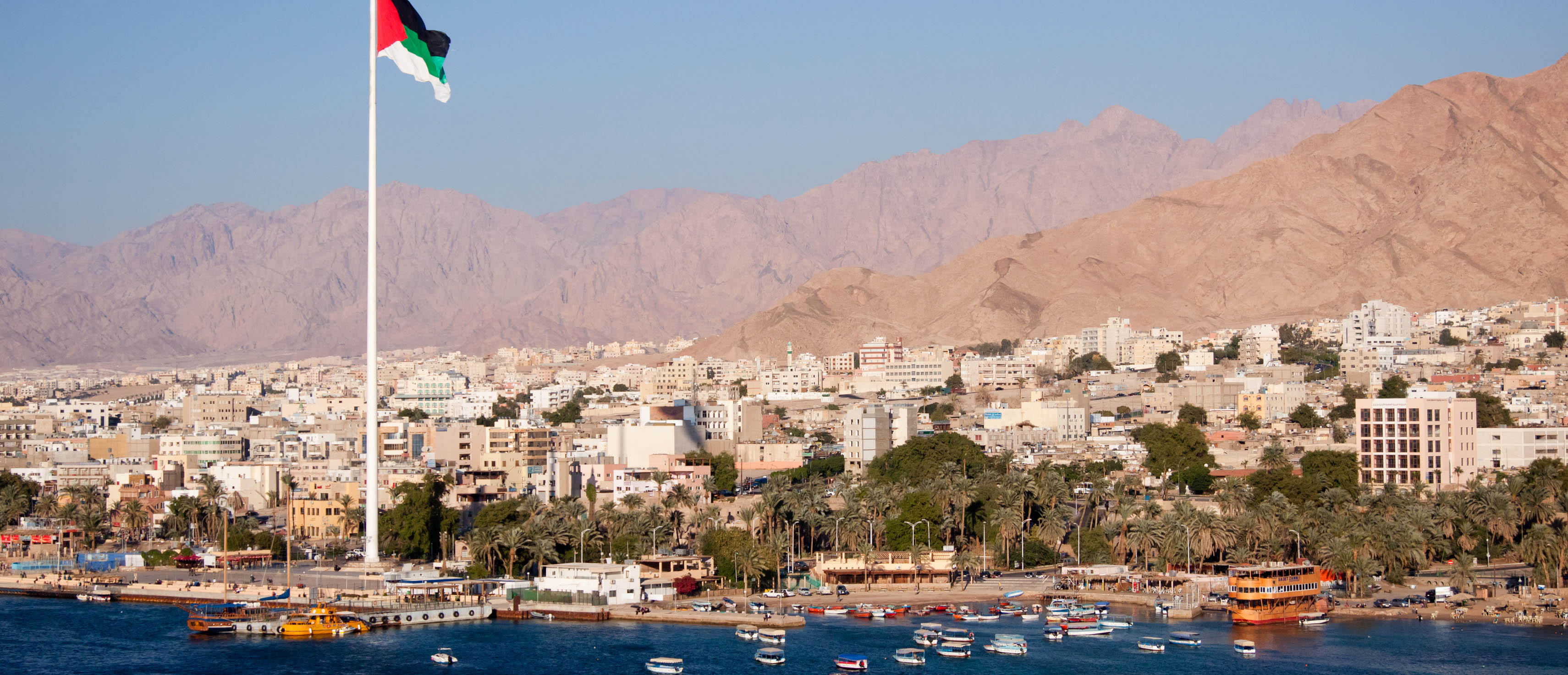 easyJet takes you to the diver's paradise of Aqaba