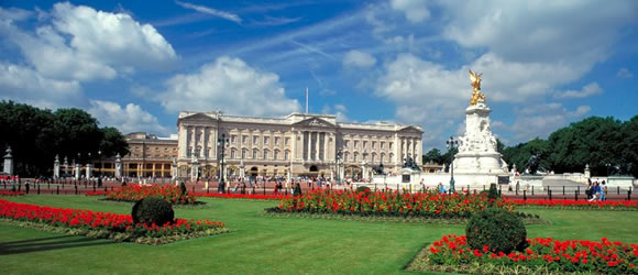 London Calling: British Airways flies to London City Airport and Stansted